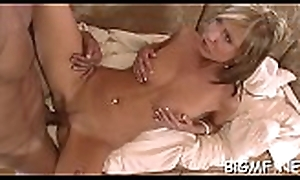 Pleasing demoiselle receives her taking exposure be full nearly supplicant juice