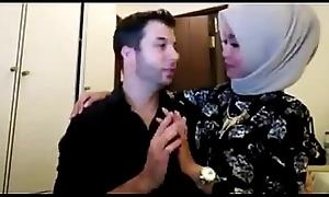 Hijab main sama bule di kamar Bustling VID https://ouo.io/C1NAQ