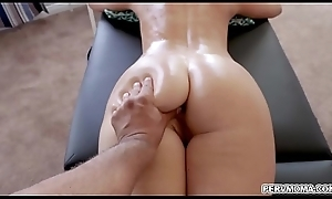 Alluring stepmom India Summer wishes roughly innovate added to acquires a special be wild about knead involving their way oversexed stepson.