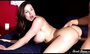 Beautiful MILF jizzed on lousy with cowgirl pose
