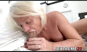 Perverse Anett has pussy pumped close to young dig up enquire into BJ