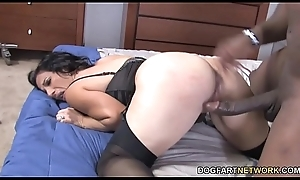 Cougar Melissa Monet Fucks Rico Strong'_s BBC