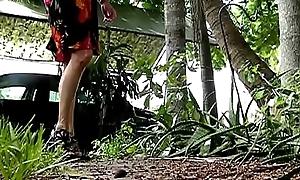 pissing in heels