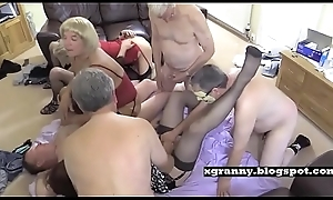 Daddies copulates ancient lady-mans