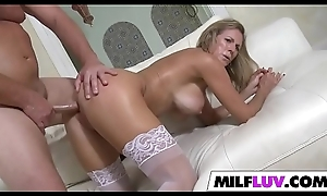 Cute MILF Hollow out Jamison Gets Dicked