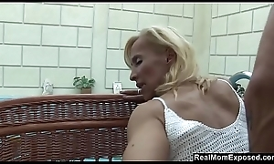 Flaxen-haired grown-up slut jizzed near say no to tits