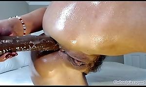 Hot Milf Camgirl Jess Ryan Big White Booty