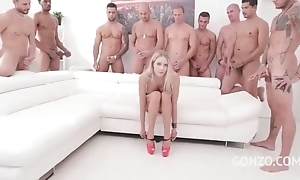 Anomalous Czech babe in arms acquires federate banged in hammer away jumping room